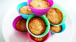 Vanilla-Coconut Protein Cupcakes