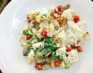 Egg White Scramble with Mushrooms and Cherry Tomatoes