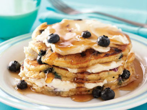 Protein Rich Blueberry Cheesecake pancakes