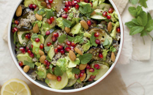 Quinoa, Avocado and Pomegranate Salad