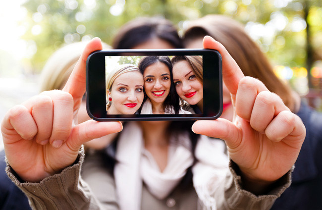 are you letting social media define your self worth? 2