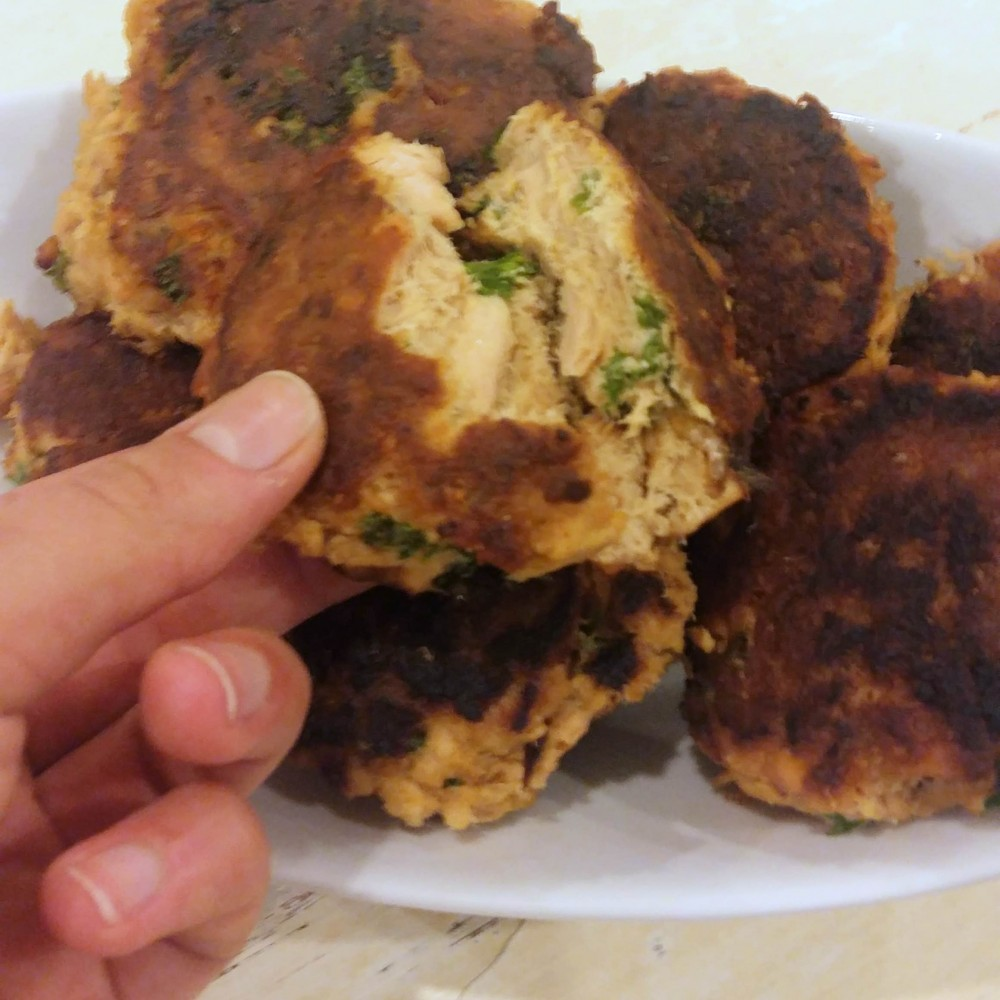 Low Carb Teriyaki Salmon Fish Cakes 1