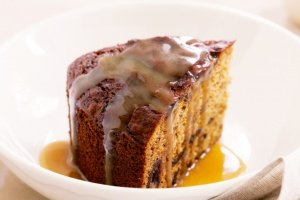Healthy Sticky Caramel Date Pudding