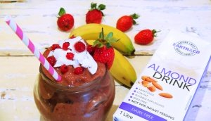 Coco-Berry and Almond Smoothie 1