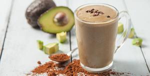 Choc-Hazelnut Avo Cream Smoothie For Glowing Skin