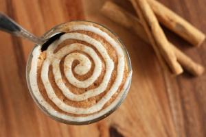 Banting Cinnamon Roll Mug Cake