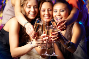 6 Smart Ways to Drink Alcohol and Still Keep Healthy